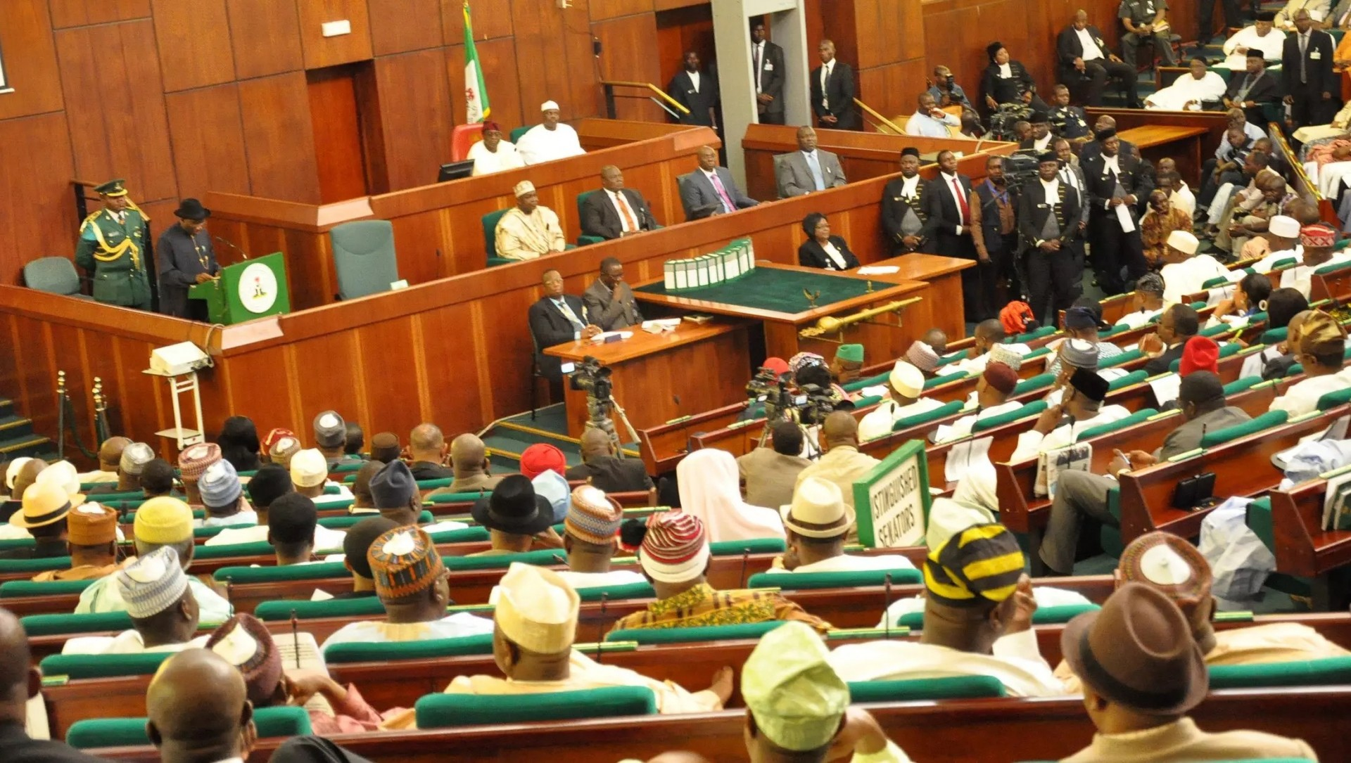 Reps urge Govt to facilitate return of Nigerian refugees